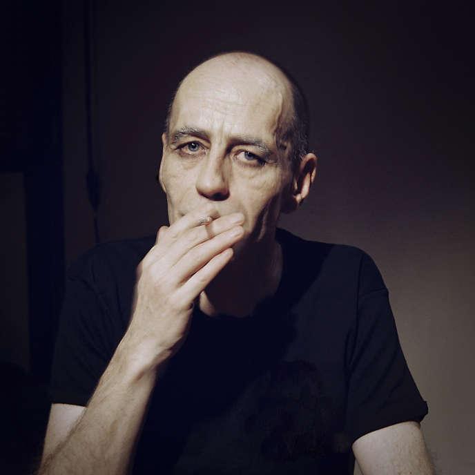 Portrait de Frédéric Leidgens, réalisé en 2006, dans le cadre d'une série photographique «Transport, sortie de scène» au Théâtre Paris-Villette.