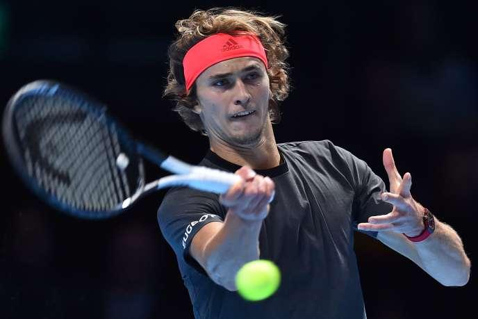 Alexander Zverev s'est hissé à la 4e place du classement mondial ATP grâce à sa victoire à Londres, délogeant l'Argentin Juan Martin Del Potro. L'Allemand compte seulement 35 points de retard sur Roger Federer.