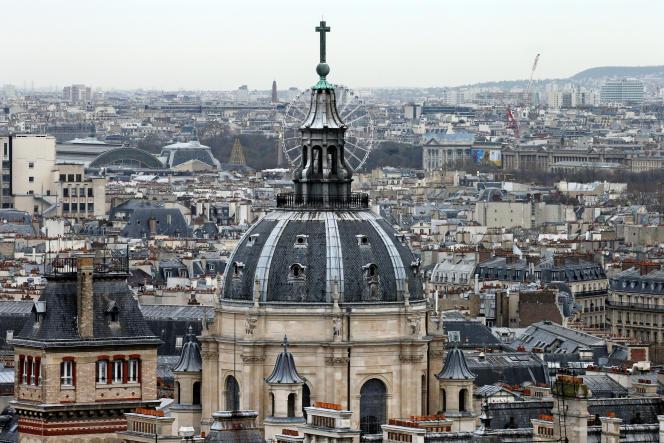 «La réforme pourrait finalement avoir un effet mineur sur les recettes, mais risque de réduire de manière significative la diversité des profils dans le monde de l'enseignement supérieur et de la recherche français» (Photo: La Sorbonne).