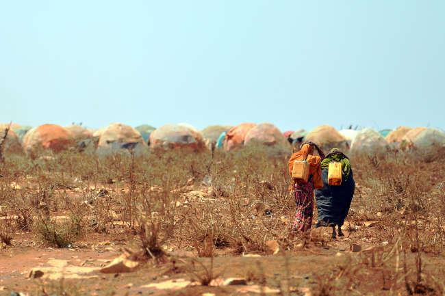 La guerre et le réchauffement climatique aggravent la famine, comme ici en Somalie, au printemps 2017.
