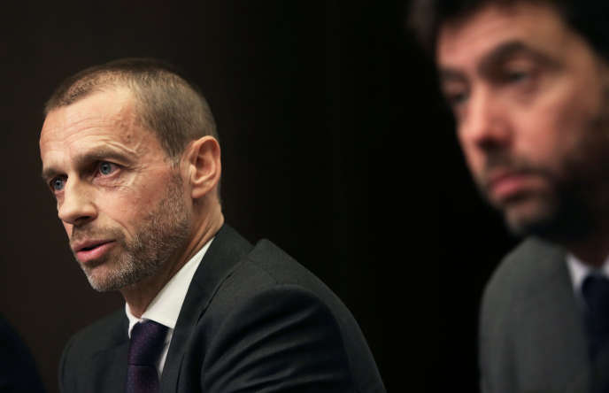 De gauche à droite, Aleksander Ceferin, président de l'UEFA, et Andrea Agnelli, président de l'ECA , mardi 20 novembre à Bruxelles.