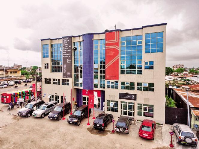 La Fondation Zinsou, consacrée à l'art contemporain, a ouvert en 2005 à Cotonou, au Bénin. Elle accueille principalement des enfants.
