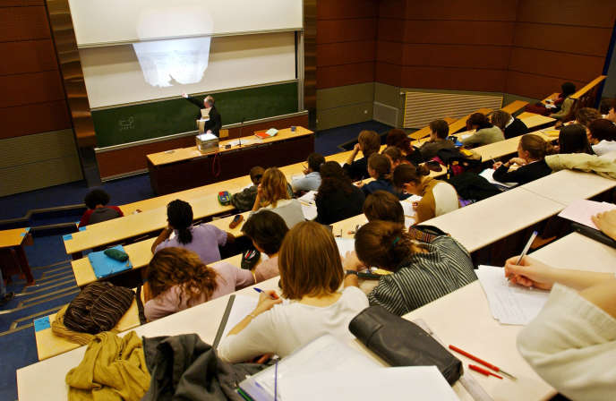 Cette mesure « empêcherait des milliers d'étudiants de venir en France, d'avoir l'opportunité de réaliser leur rêve de France».