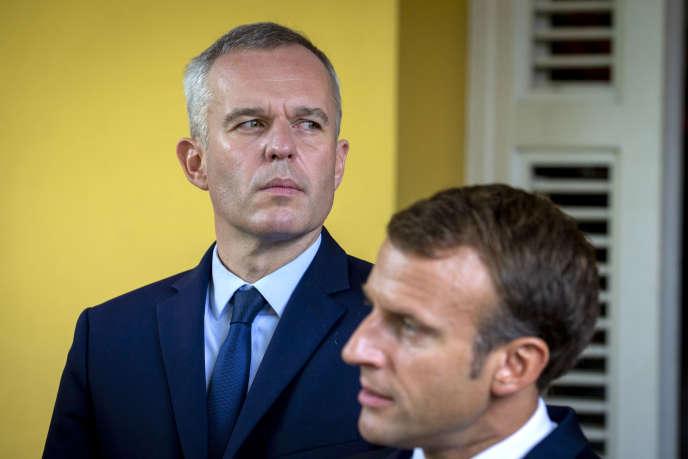 François de Rugy, le ministre de la transition écologique et solidaire, et le président Emmanuel Macron, à la résidence du préfet à Fort-de-France, en Martinique, lors d'un voyage officiel dans les Antilles, le27 septembre.