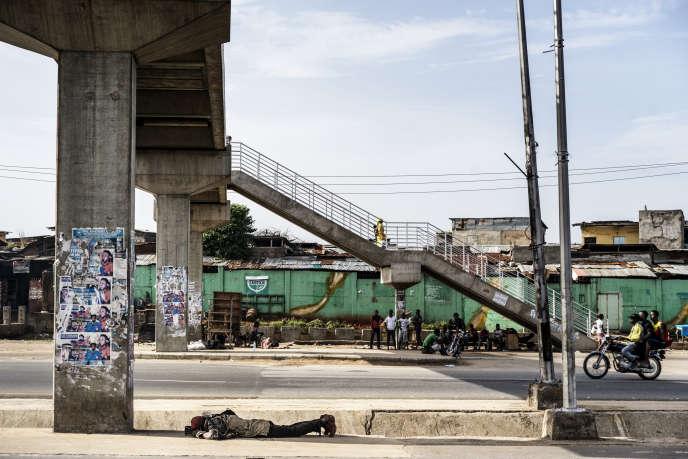 Onitsha, au Nigeria (ici en mai 2017), est la troisième agglomération d'Afrique, avec 8,5millions d'habitants.