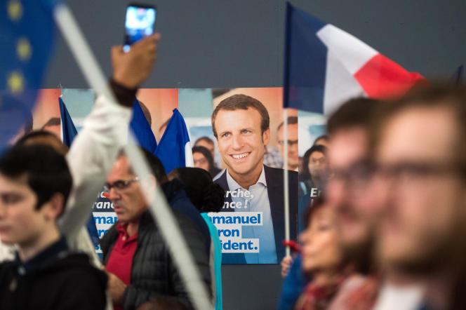 Meeting électoral du mouvement En Marche ! lors de la campagne pour l'élection présidentielle, à Marseille, en avril 2017.