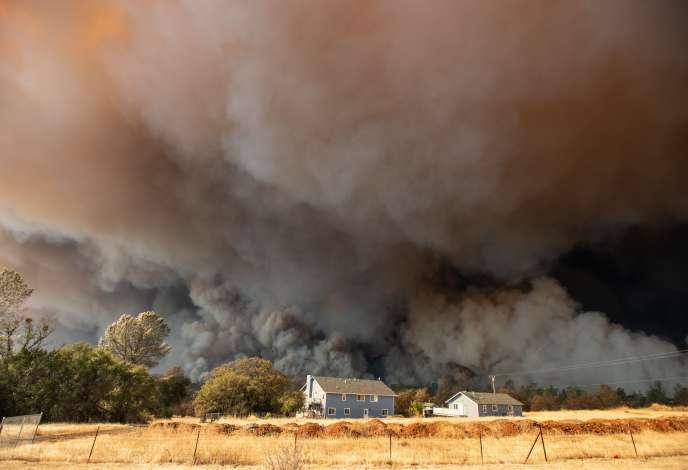 Le bilan du « Camp Fire », l'incendie dévastateur le plus meurtrier de l'histoire de la Californie, est de 81 morts.