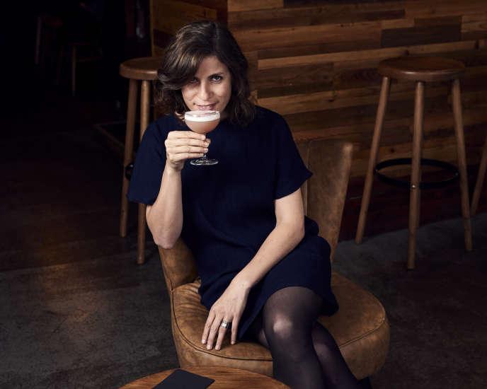 Au bar Fréquence, le 7 septembre, rue Keller, à Paris.