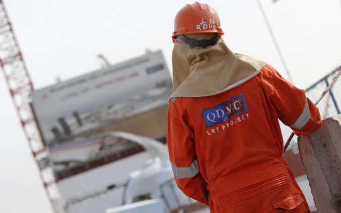 Un ouvrier deQatari Diar Vinci Construction (QDVC), filiale de Vinci au Qatar.