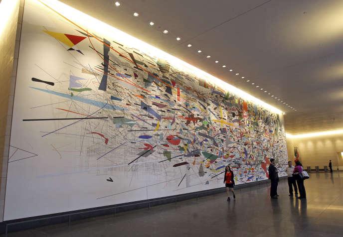 «Mural», de l'artiste éthiopienne Julie Mehretu, dans le hall des bureaux de Goldman Sachs à Manhattan, à New York, le 10 juin 2014.