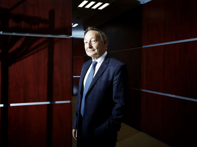 Jean-Claude Ghislain, directeur pour les situations d'urgence, les affaires scientifiques et la stratégie européenne de l'Agence nationale de sécurité du médicament et des produits de santé (ANSM).