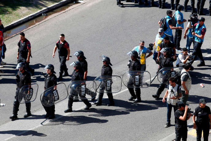 A final under heavy police supervision on November 24 in Buenos Aires, Argentina
