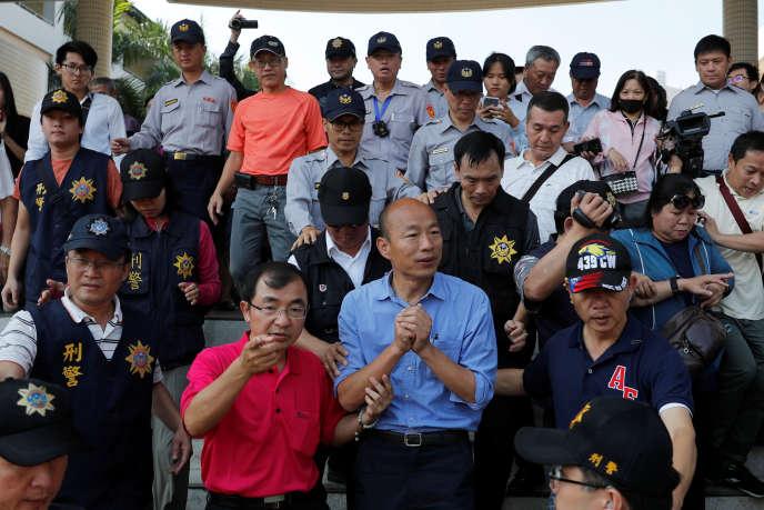 Han Kuo-yu, candidat du KMT pour les municipales àKaohsiung, le 24 novembre.
