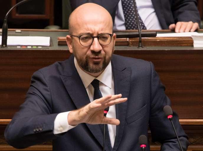 Le premier ministre belge, Charles Michel, devant le Parlement fédéral, à Bruxelles, le 22 novembre.
