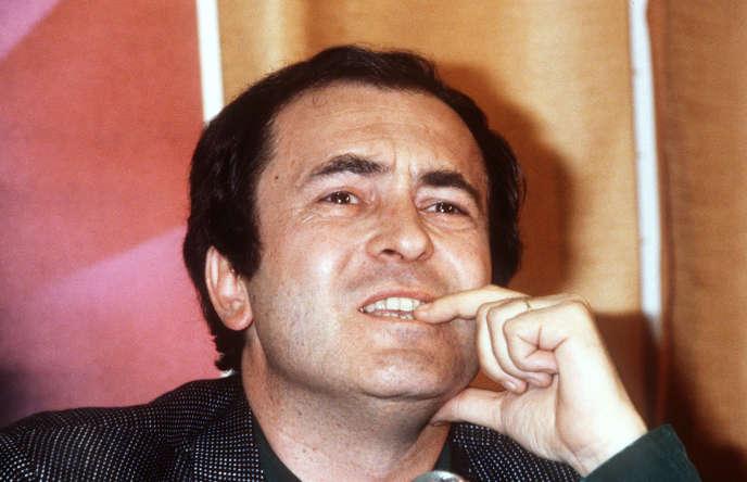 Photo prise le 11 mai 1981, de le réalisateur italien Bernardo Bertolucci pendant une conférence de presse lors du 34eFestival international du film de Cannes.