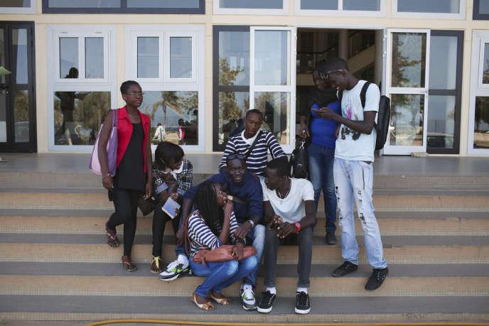 A l'université Cheikh Anta Diop de Dakar, en avril 2013.