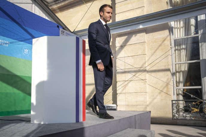 Emmanuel Macron, lors de l'installation du Haut-Conseil pour le climat, à l'Elysée, le 27 novembre 2018.
