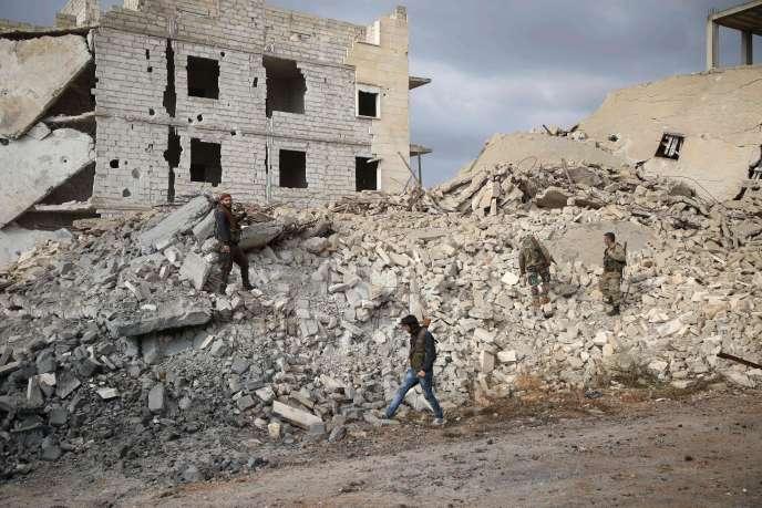 Dans l'une des dernières zones rebelles, près d'Alep, en Syrie, le 26 novembre.