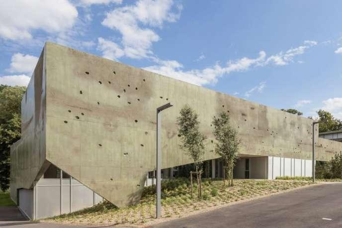 Le centre de soins à Metz Queuleu accueille des enfants et des adultes, séparés en deux services qui fonctionnent de manière distincte.
