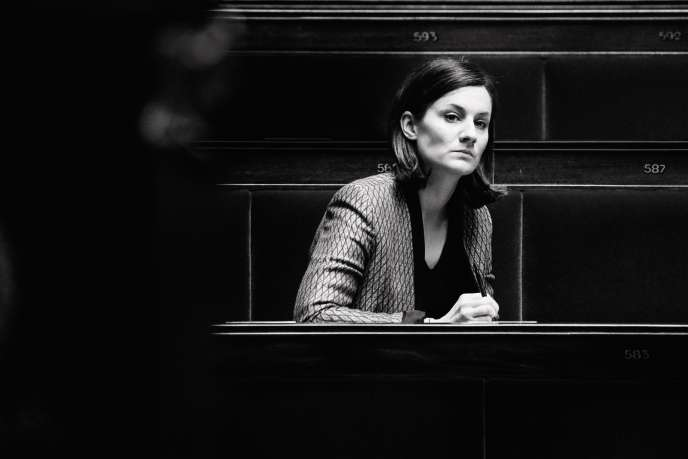 Elsa Faucillon, 37 ans, milite au sein du PCF pour un rapprochement avec La France insoumise.