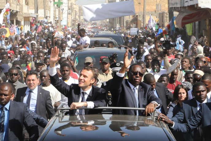 Les présidents français, Emmanuel Macron, et sénégalais, Macky Sall, à Saint-Louis, le 3février 2018.