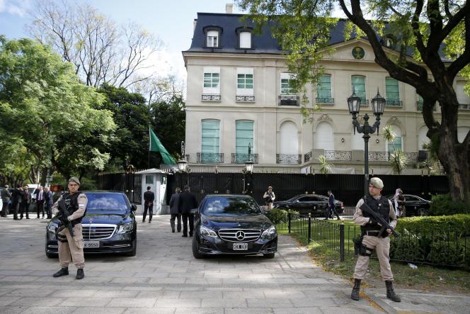 Devant l'ambassade d'Arabie saoudite en Argentine, à Buenos Aires, le 28 novembre 2018.