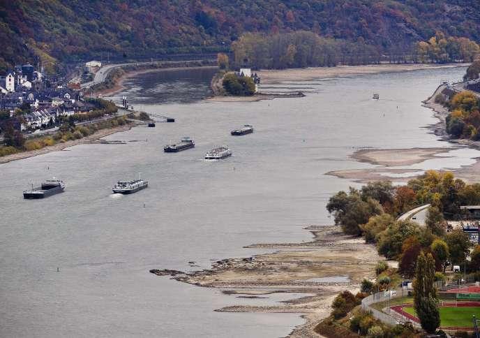 Vue du Rhin datant du 24 octobre, tout près de la Lorelei, à Oberwesel, en Allemagne.