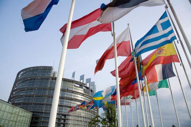 « L'Europe doit bâtir pour ses citoyens un modèle original de développement social, équitable et durable.»