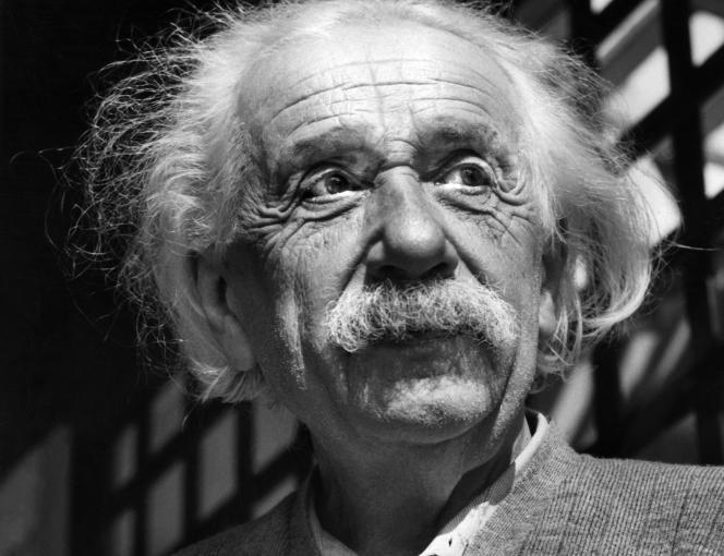 Le physicien Albert Einstein à Princeton (New Jersey), en 1954.