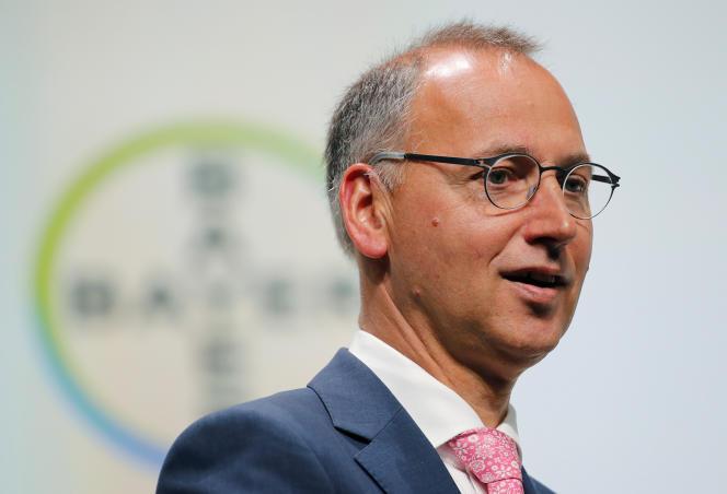 Werner Baumann, PDG de Bayer, lors de l'assemblée générale annuelle des actionnaires du groupe, à Bonn (ouest de l'Allemagne), en mai.