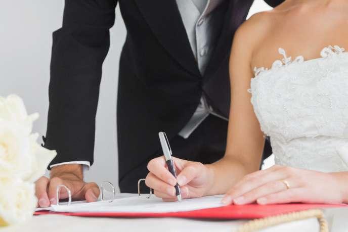 27 % des mariages étaient en 2015 des mariages mixtes entre une personne de nationalité française et une personne de nationalité étrangère