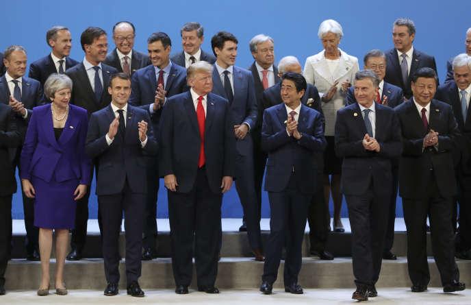 Les dirigeants des 20 premières puissances mondiales posent pour une photo de famille le 30 novembre, à Buenos Aires.