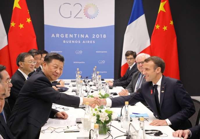 Le numéro un chinois Xi Jinping et le président français Emmanuel Macron, lors de la réunion du G20,regroupant les chefs d'Etat et de gouvernement, à Buenos Aires, le 1er décembre 2018.