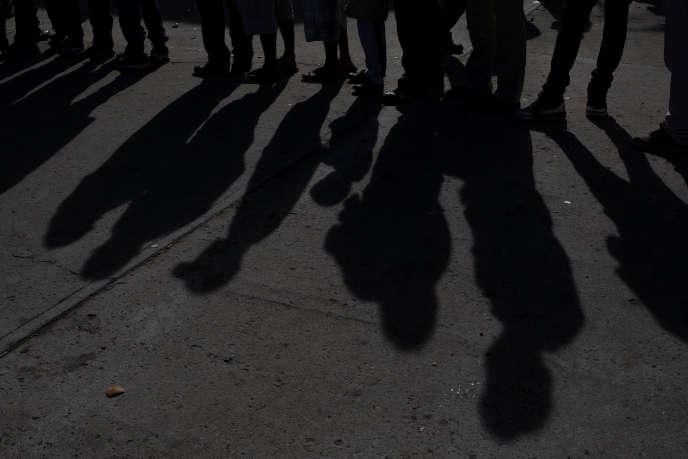 Des migrants de la «caravane» bloqués à Tijuana, le 2 décembre.