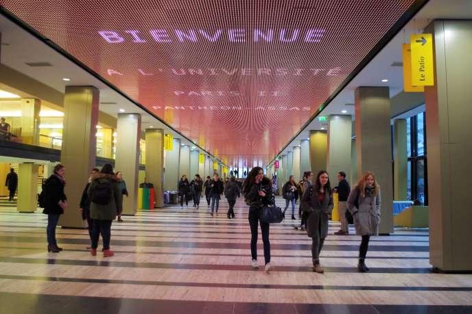 « Réserver la quasi-gratuité aux seuls citoyens français et européens qui s'inscriront demain dans une université française ne repose sur aucune justification objective.» Photo : hall de l'université Paris-II Panthéon-Assas.