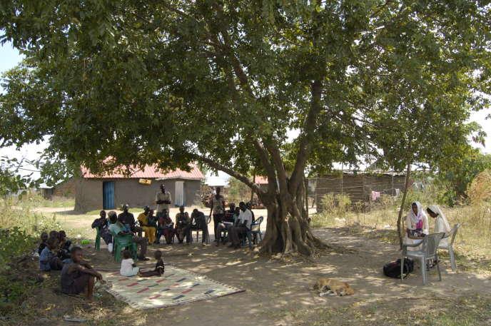 L'Association des maraîchers de Jobari, dans la périphérie ouest de Juba, en réunion avec les soeurs de Daughters of Mary Immaculate et la FAO, le 19 novembre 2018.