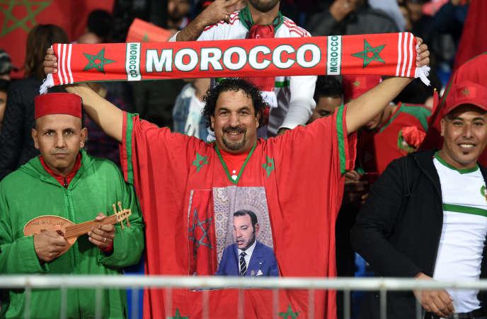 Des supporters marocains lors d'un match contre le Cameroun au stade Mohammed-V de Casablanca, le 16novembre 2018.