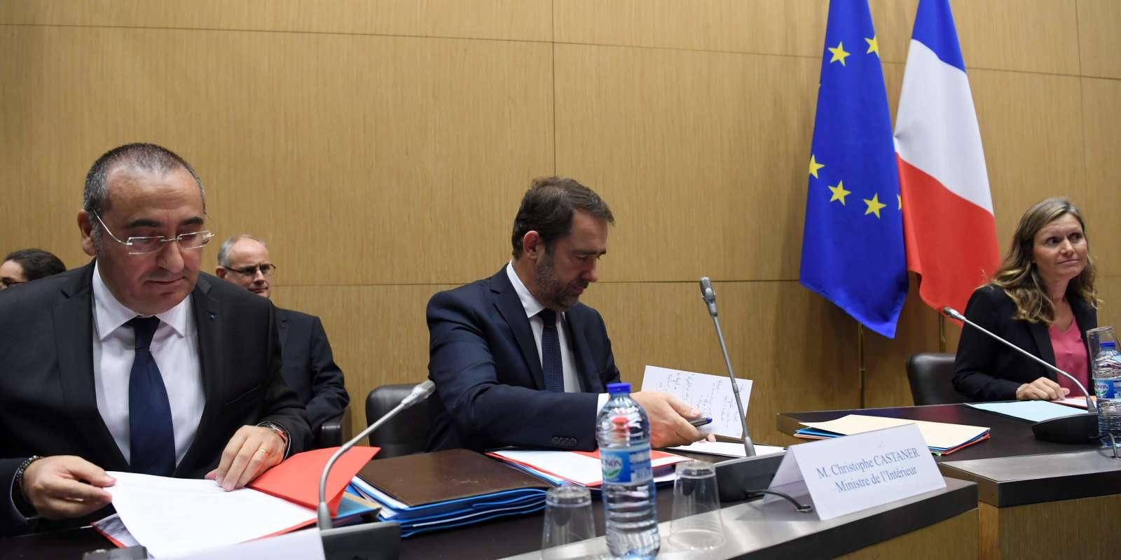 Christophe Castaner et Laurent Nunez, à la commission des lois de l'Assemblée nationale, le 3 décembre.