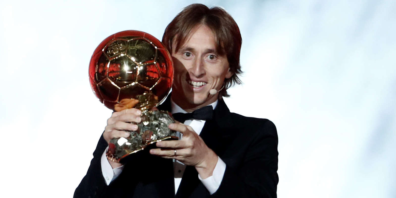 Le Croate Luka Modric remporte le Ballon d'or 2018.