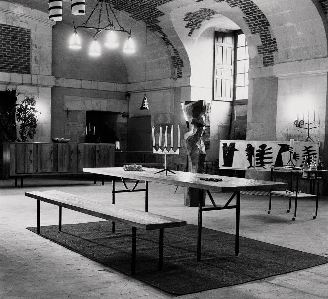 Une sélection de pièces signées Jean Touret et Artisans de Marolles, il y a soixante ans, au château de Blois.