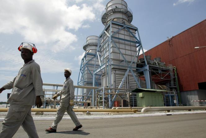 La centrale thermique d'Azito, à Abidjan, en octobre 2003.