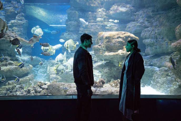 Zita Hanrot et Marc Ruchmann dans la série« Plan Coeur» produite par Netflix.
