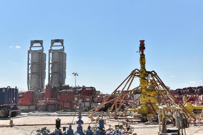 Le site d'exploitation de pétrole de schiste Oasis Petroleum dans le Bassin permien, près de Wink (Texas), le 22 août.