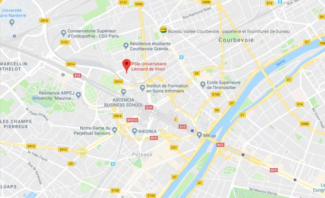 Le pôle universitaire Léonard-de-Vinci est situé dans le quartier de la Défense, en région parisienne.