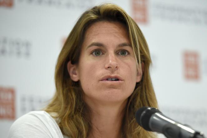 Conférence de presse d'Amélie Mauresmo, le 23 juin.