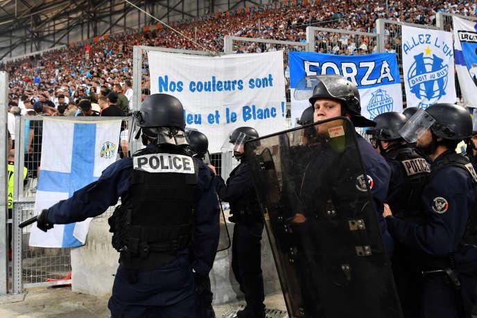 Des policiers au Stade-Vélodrome, en avril2018.