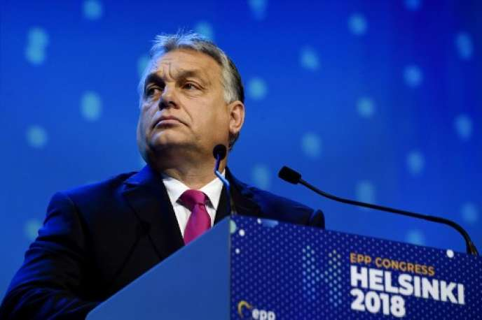 Viktor Orban, le 8 novembre, au congrès du Parti populaire européen, à Helsinki.