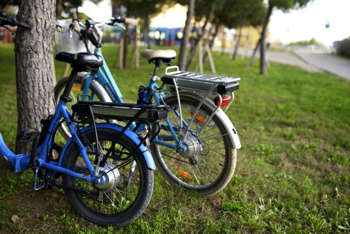 Le vélo électrique, nouvelle petite reine branchée