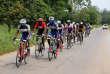 Entraînement de l'équipe centrafricaine de cyclisme près de Bangui, le 25 novembre 2018.
