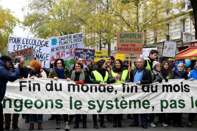 Marche pour le climat, à Paris, samedi 8 décembre.
